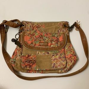 Sakroots Coral Treehouse Triple Gusset Crossbody